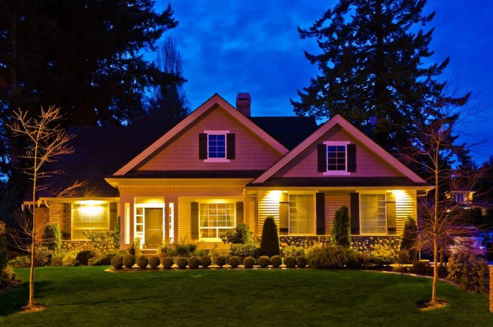 фигура подсветка загородного дома фото превращении мификс крылья